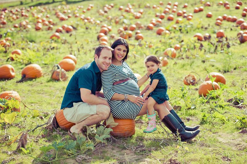 Roman Hidalgo Photography Graham Calderon Family Shoot London Ontario Apple Land